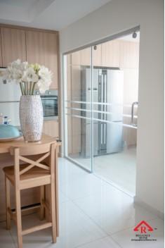 reliance-home-tg800-frameless-sliding-door-14-235x352