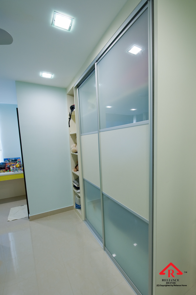 Reliance Home antijump wardrobe door-12
