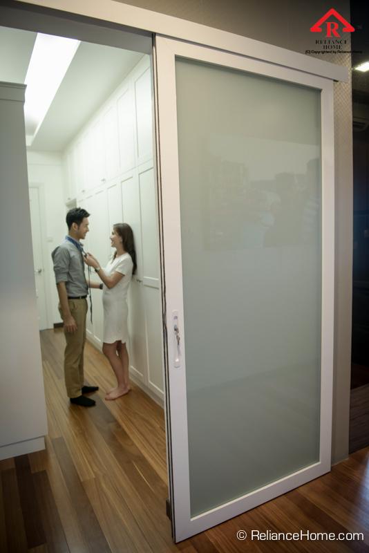 Reliance Home closet door-12