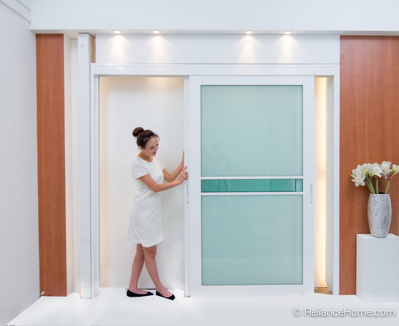 Reliance Home closet door-15