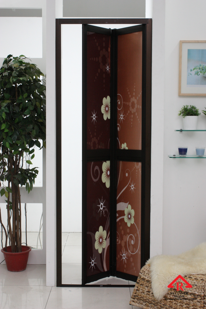 Reliance Home maid room door-9