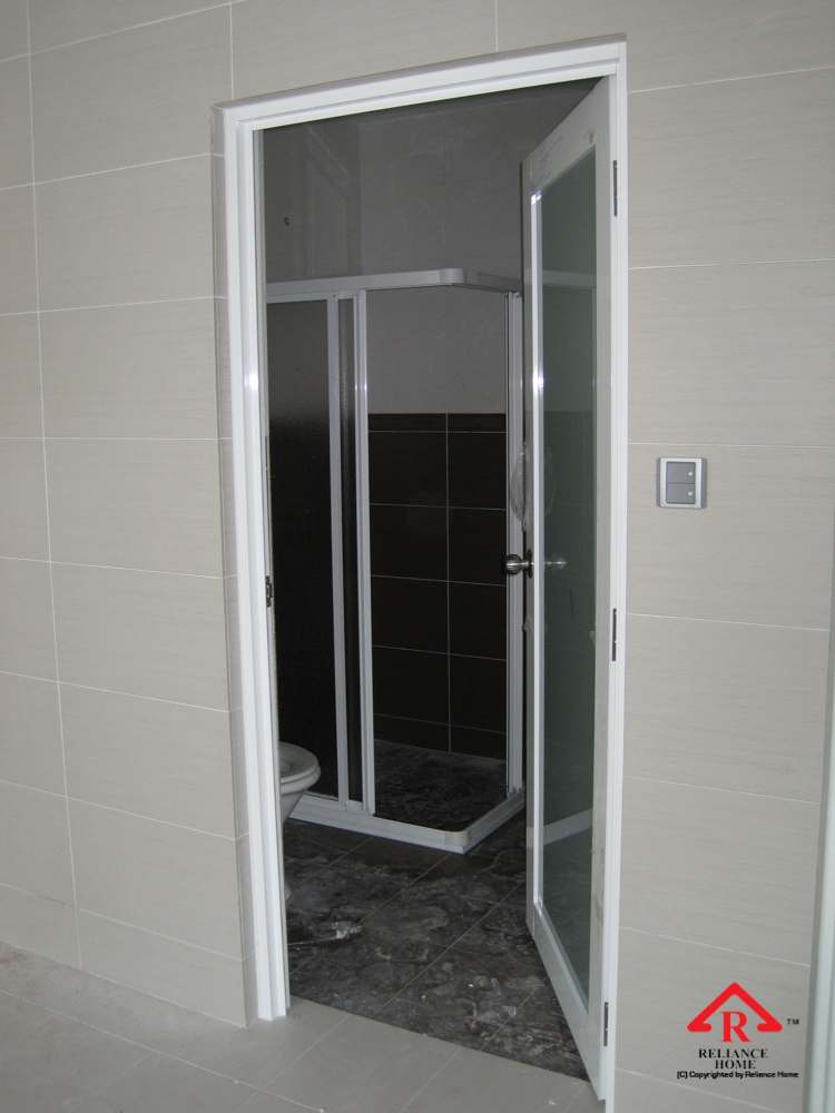 Reliance Home toilet door-10