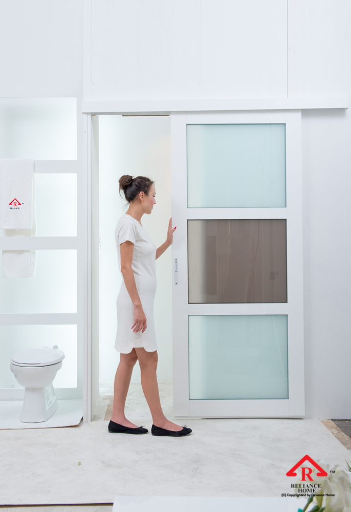 Reliance Home toilet door-100