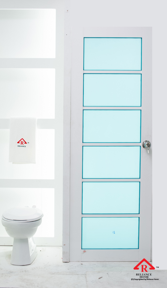 Reliance Home toilet door-104