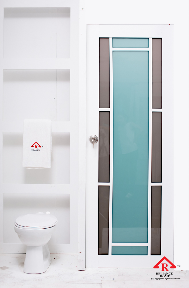 Reliance Home toilet door-108