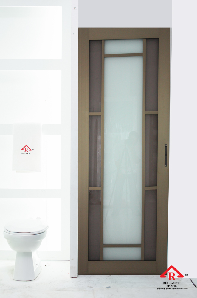 Reliance Home toilet door-109