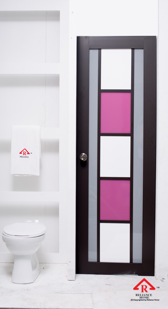 Reliance Home toilet door-114