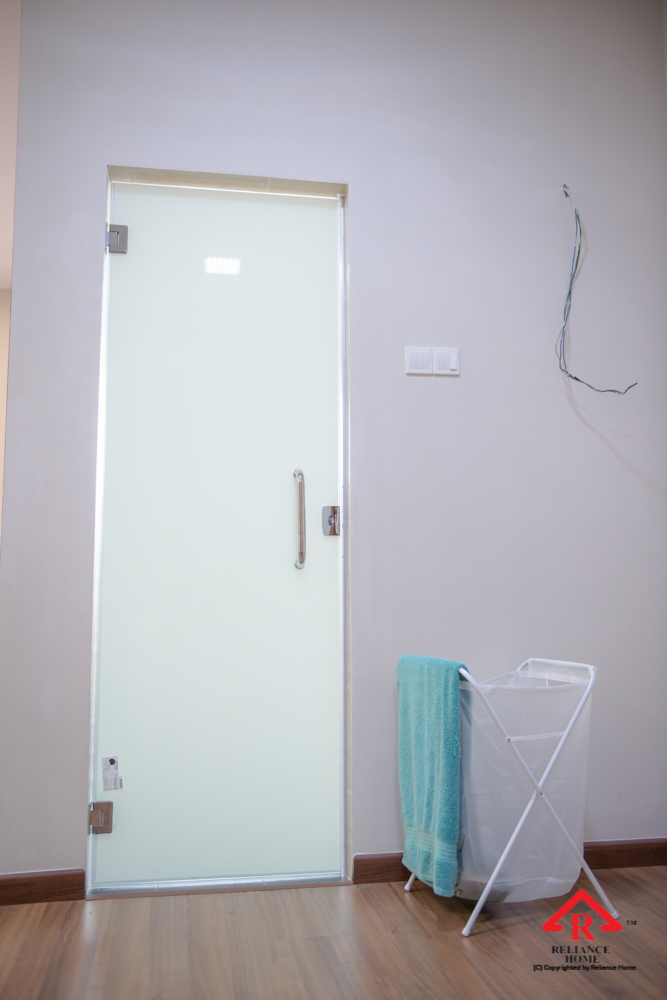 Reliance Home toilet door-32