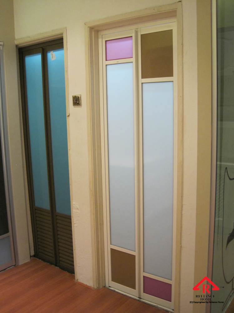 Reliance Home toilet door-6