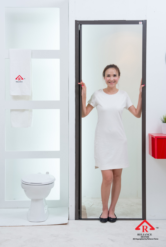 Reliance Home toilet door-95