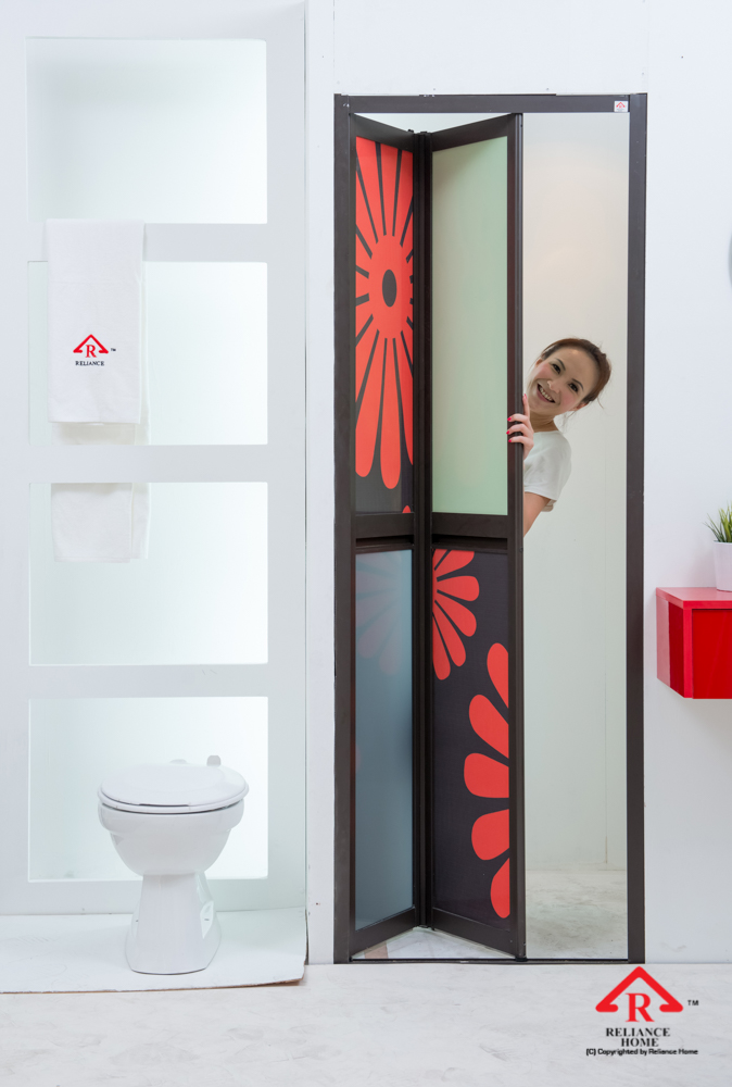 Reliance Home toilet door-96
