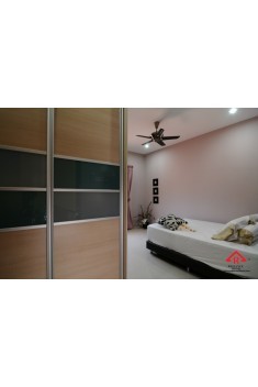 reliance-home-antijump-wardrobe-door-05-235x352