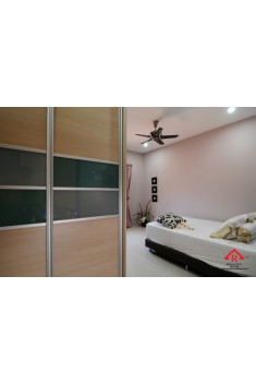 reliance-home-antijump-wardrobe-door-06-235x352